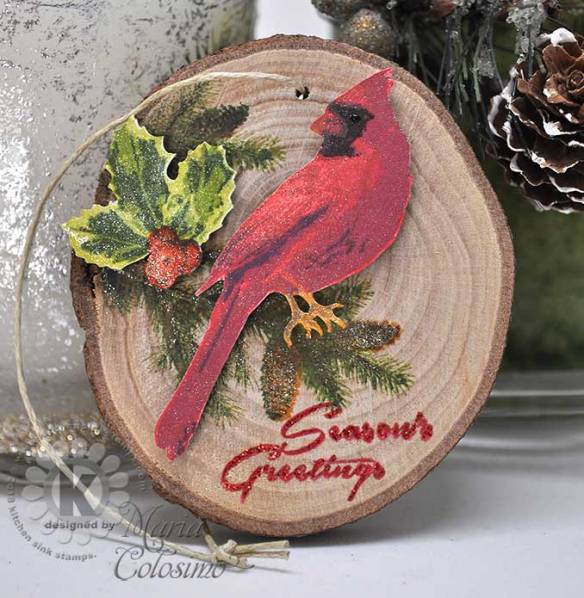 Winter-Cardinal-Wood-Disc-Ornament