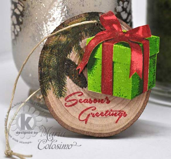 Christmas-Gift-Wood-Ornament